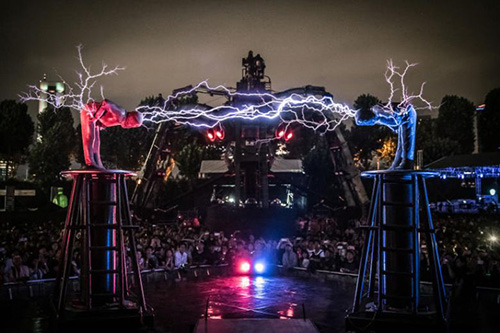 From Fire Bicycles to Lightning Duels, Singapore Night Festival Gets 'In YourFace'